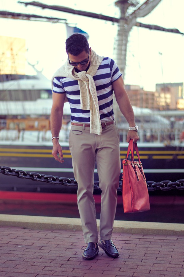How to wear striped t-shirt